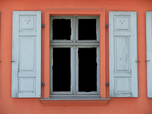 Se till att vårda dina fönster och sköt om dem regelbundet så att de inte börjar läcka ut värme.